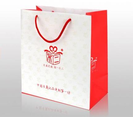 Упаковка подарка также играет важную роль